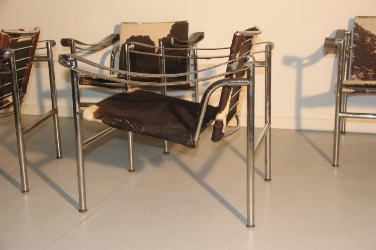 French LC1 Chairs By Le Corbusier For Cassina 1970 Set