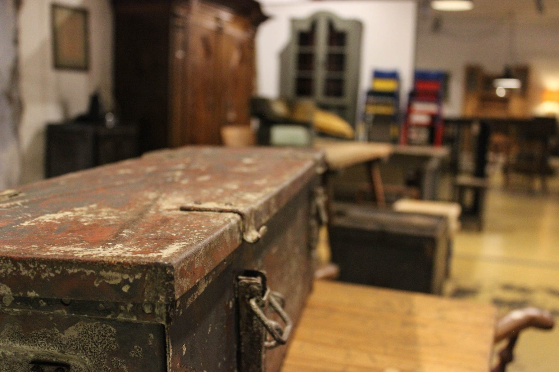 vintage munitionskiste aus stahl bei pamono kaufen. Black Bedroom Furniture Sets. Home Design Ideas