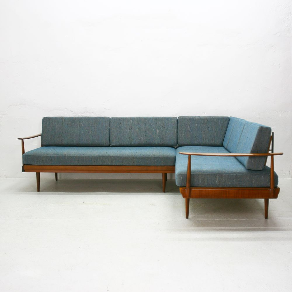 german walnut corner sofa and daybed from knoll antimott 1960s for sale at pamono. Black Bedroom Furniture Sets. Home Design Ideas