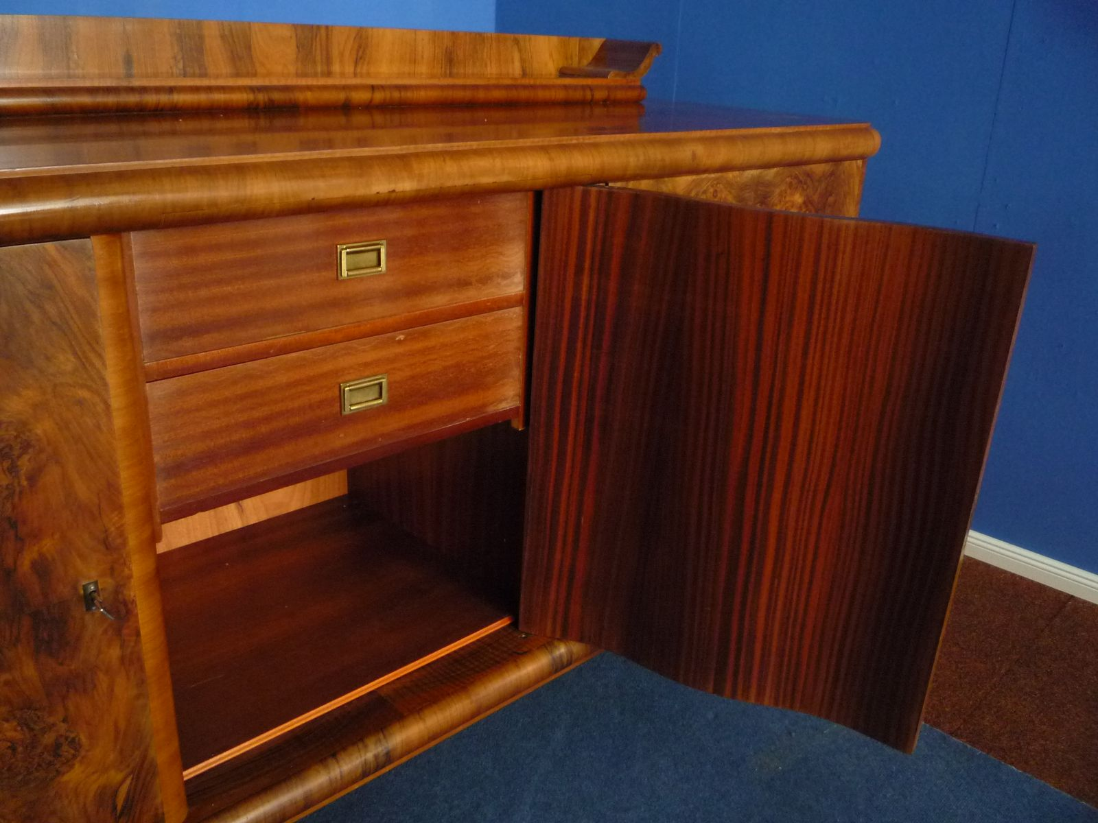 german art deco root wood walnut sideboard 1930s for. Black Bedroom Furniture Sets. Home Design Ideas