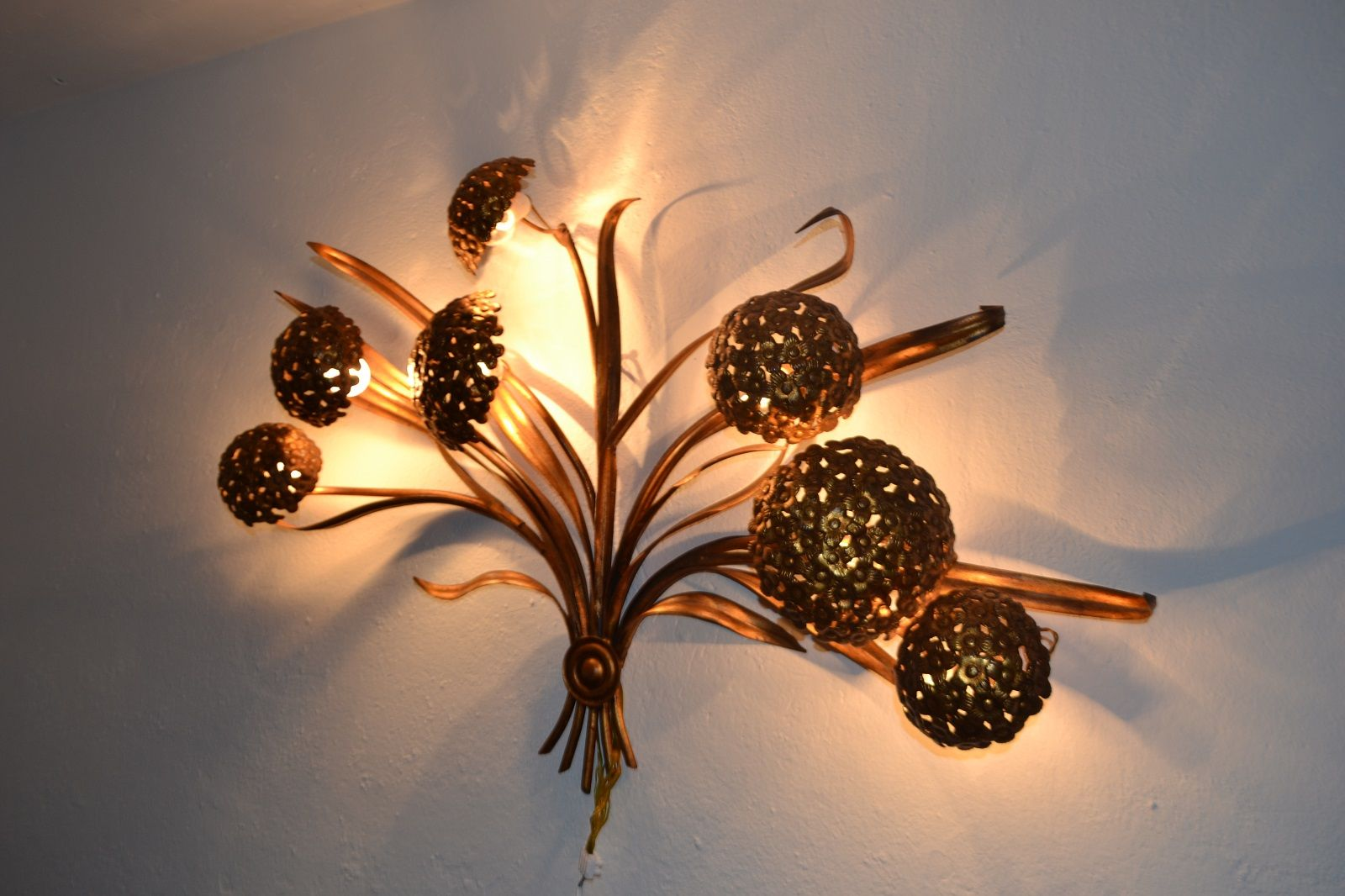 Large Vintage Floral Wall Light, 1970s for sale at Pamono
