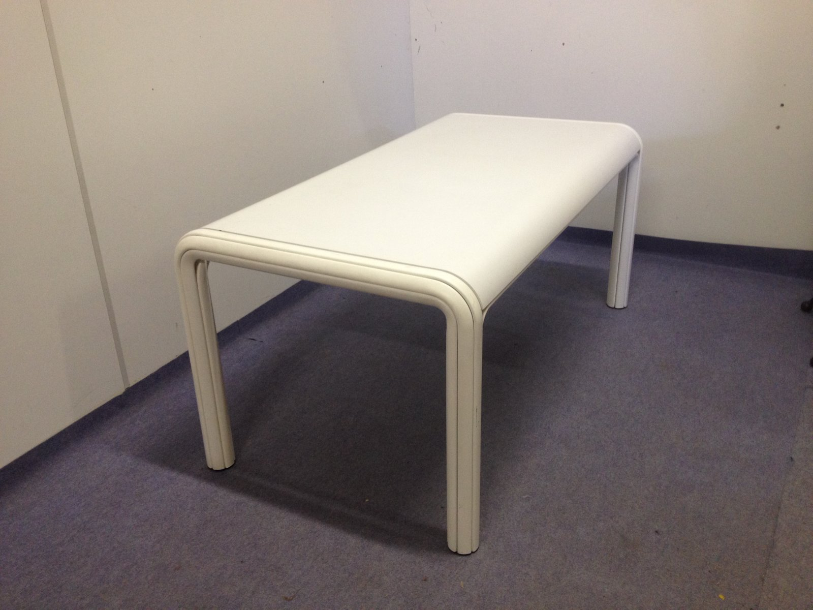Vintage Orsay Dining Table by Gae Aulenti for Knoll for sale at Pamono