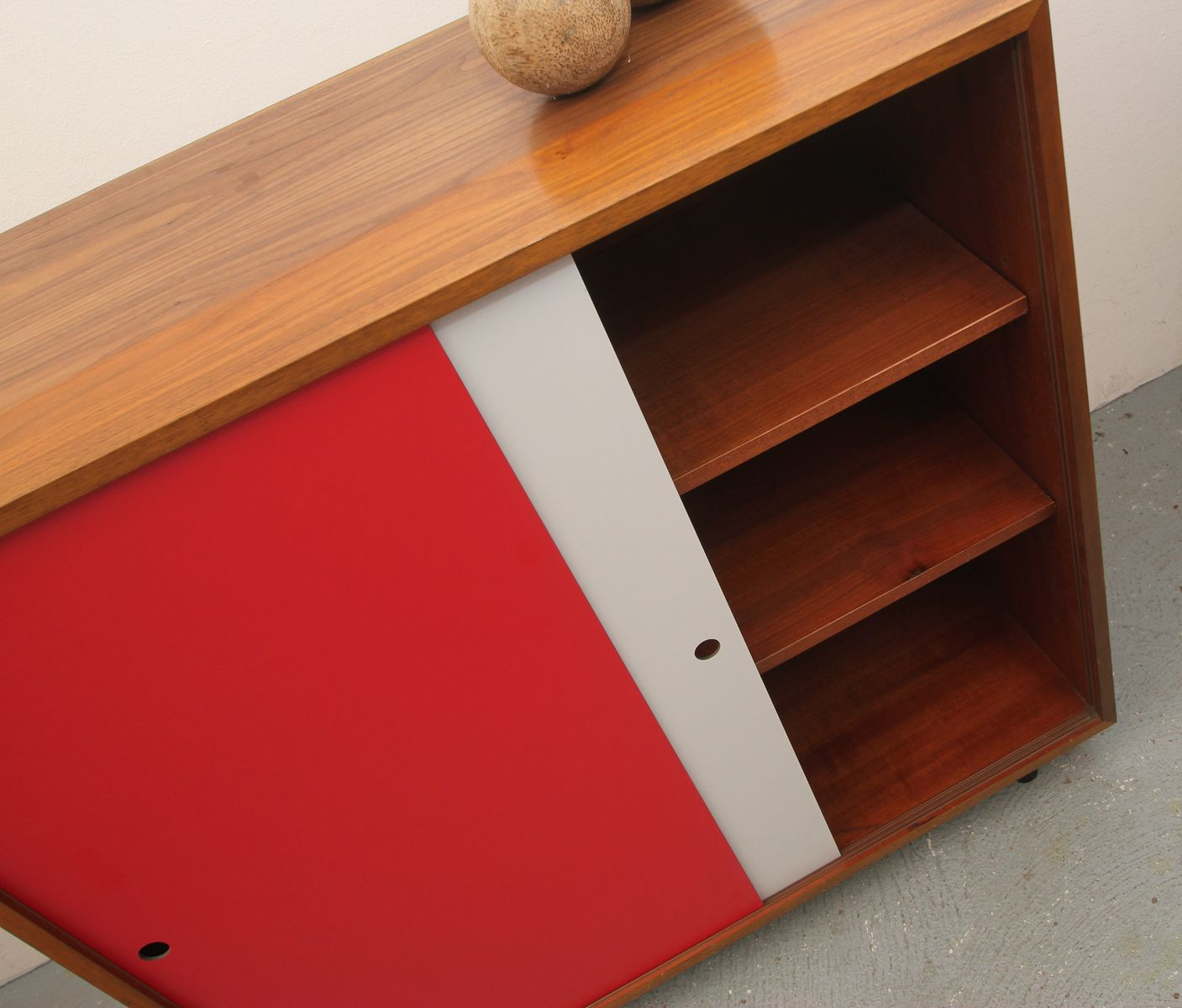 German formica sideboard with grey red sliding doors for Sliding glass doors germany