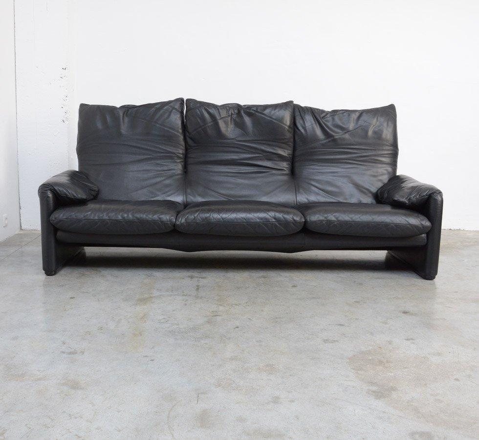canap 3 places maralunga par vico magistretti pour. Black Bedroom Furniture Sets. Home Design Ideas