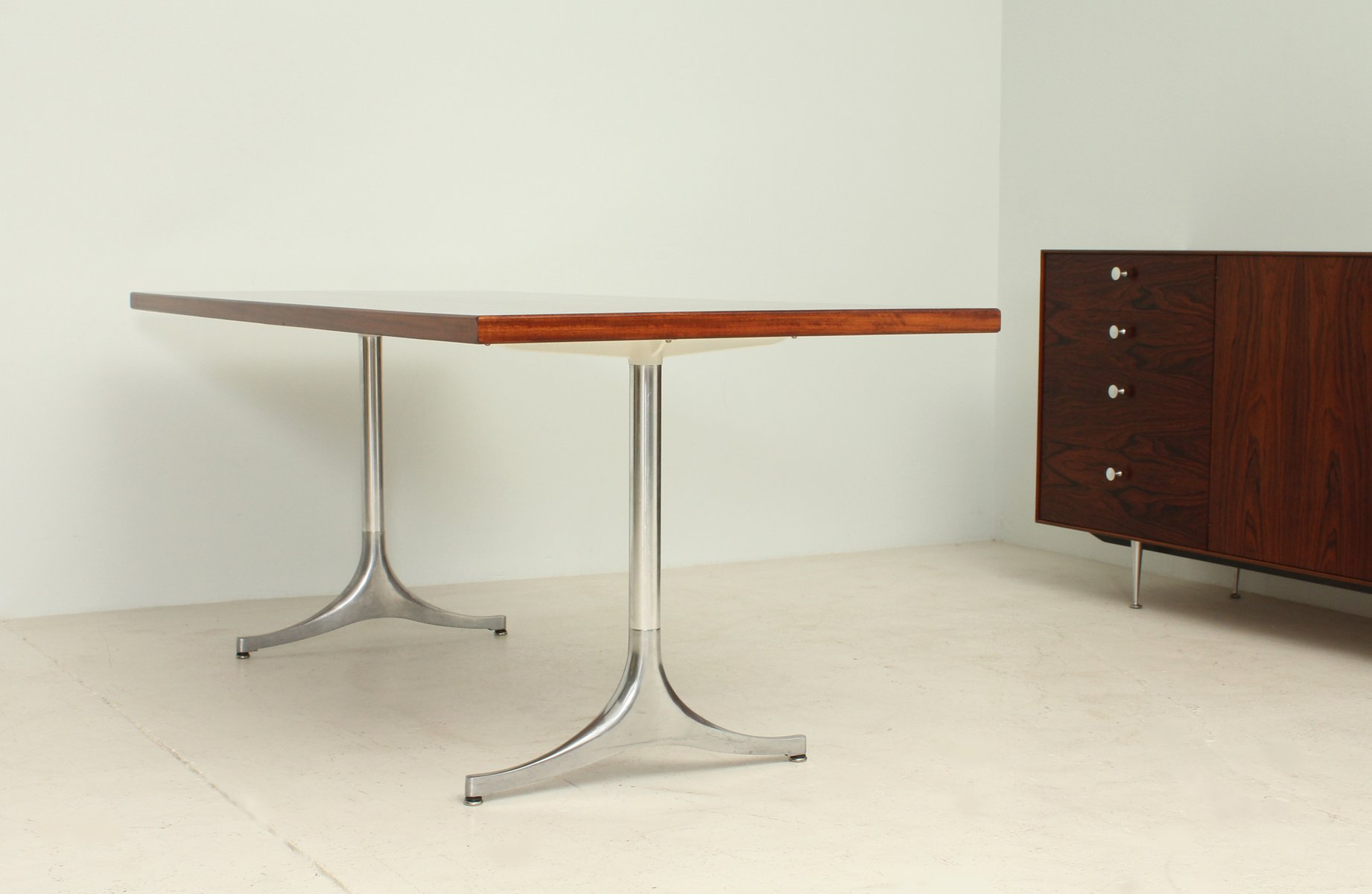Rosewood Pedestal Table By George Nelson For Herman Miller