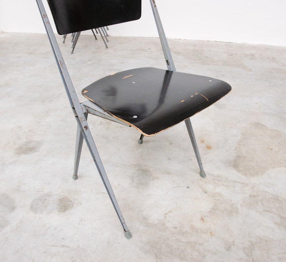 pyramid stuhl von wim rietveld f r de cirkel 1965 bei. Black Bedroom Furniture Sets. Home Design Ideas