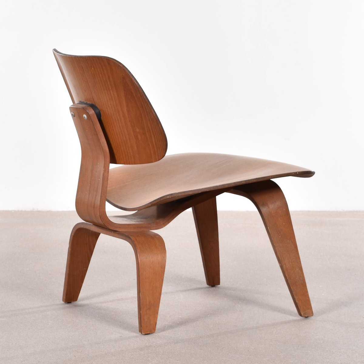 Sessel Eames charles eames sessel lounge chair mit ottoman eames with charles