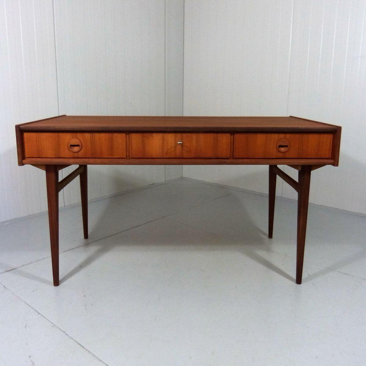 Schreibtisch aus teakholz von bartels werke 1950er bei for Schreibtisch teakholz