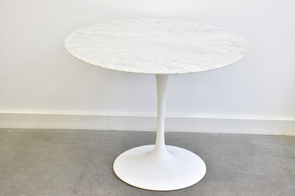 american marble tulip table by eero saarinen for knoll international 1950s for sale at pamono. Black Bedroom Furniture Sets. Home Design Ideas
