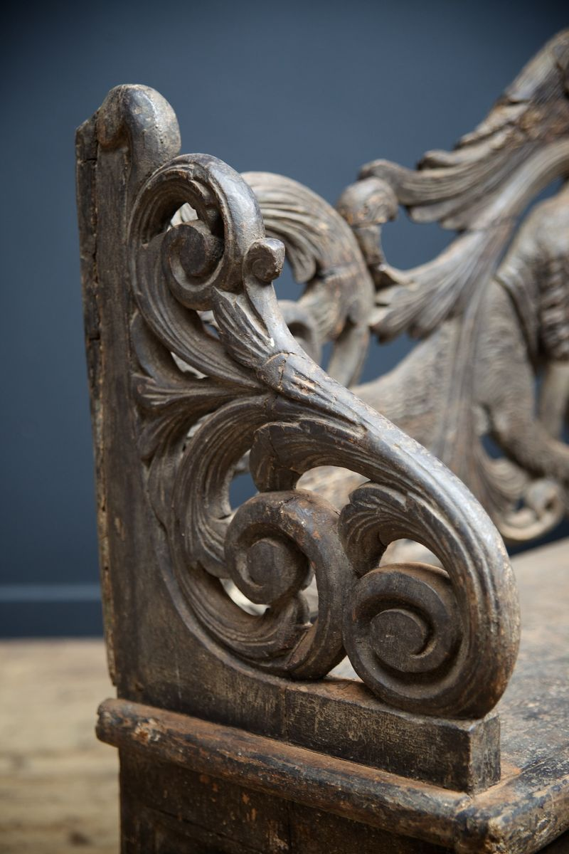 Antique carved hunting bench for sale at pamono