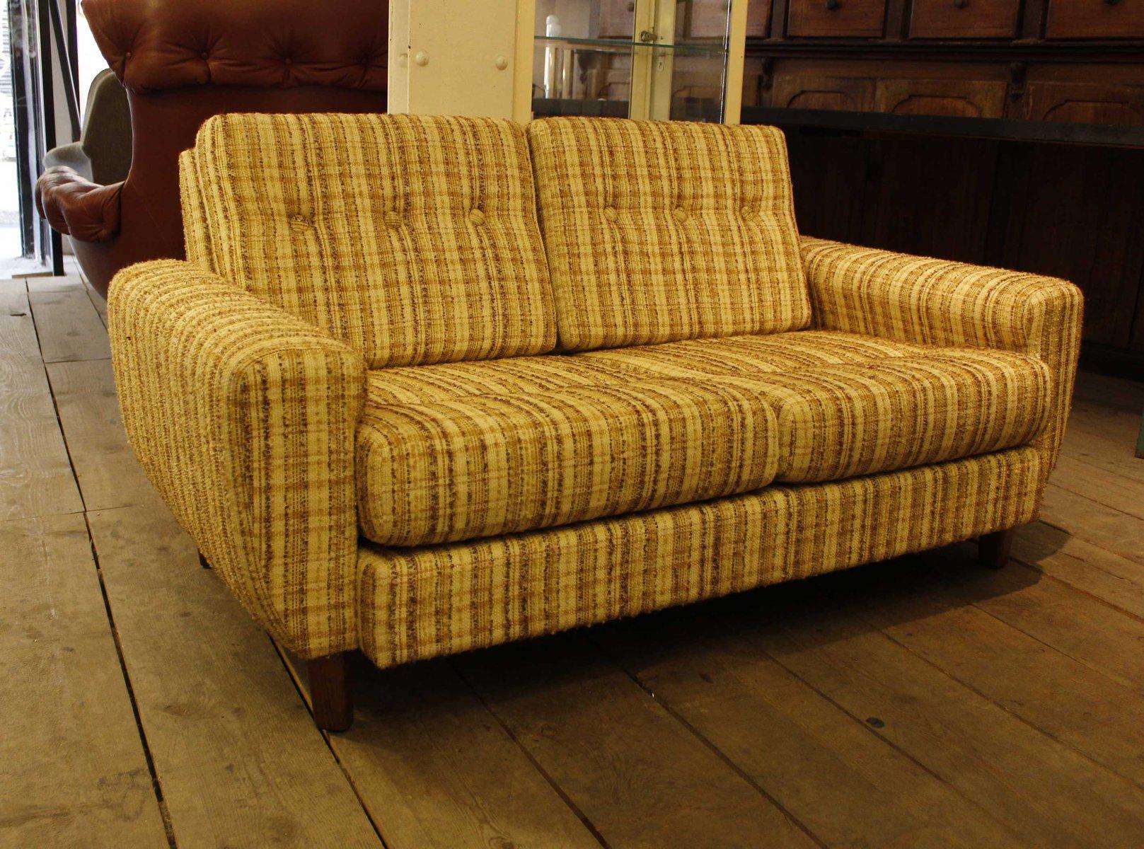 spanisches zwei sitzer sofa 1960er bei pamono kaufen. Black Bedroom Furniture Sets. Home Design Ideas