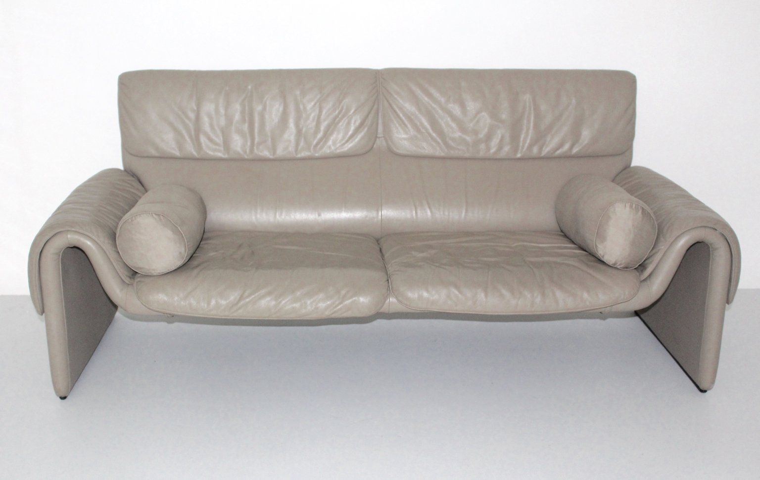 vintage ds 2011 leather sofa from de sede 1980s for sale at pamono. Black Bedroom Furniture Sets. Home Design Ideas
