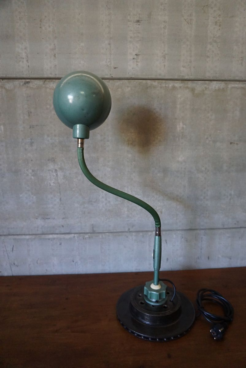 green industrial flexible desk lamp from lampe adher for. Black Bedroom Furniture Sets. Home Design Ideas