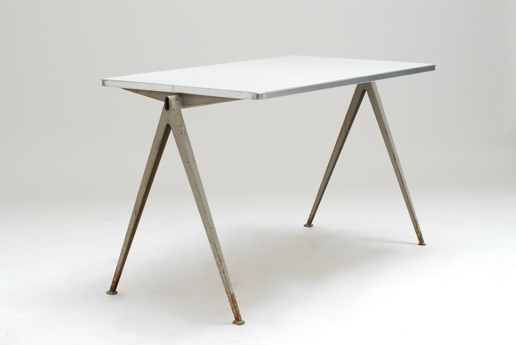 Pyramid Table by Wim Rietveld for Ahrend de Cirkel 1960 for sale