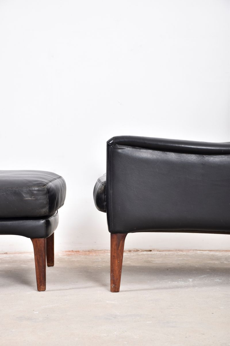Danish Lounge Chair With Foot Stool From Illum Wikkels 1960s For Sale At Pamono