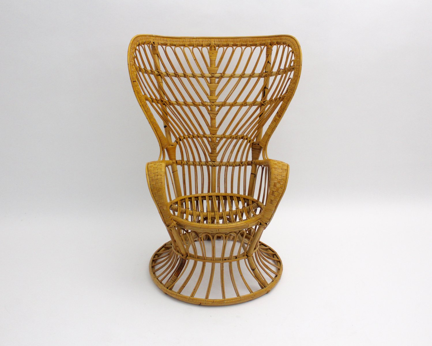 Attractive Italian Rattan Peacock Chair By Lio Carminati