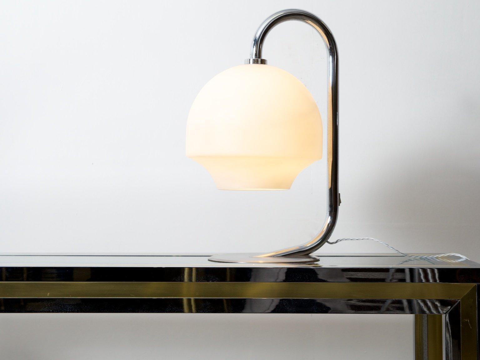 lampe opaline lampe de table opaline italie s en vente. Black Bedroom Furniture Sets. Home Design Ideas