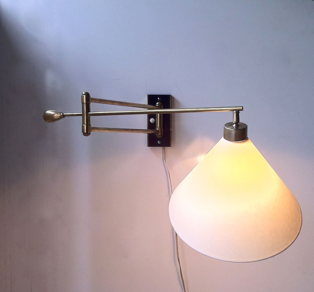 Wall Mounted Articulated Lamp : French Articulated Wall Lamp, 1950s for sale at Pamono