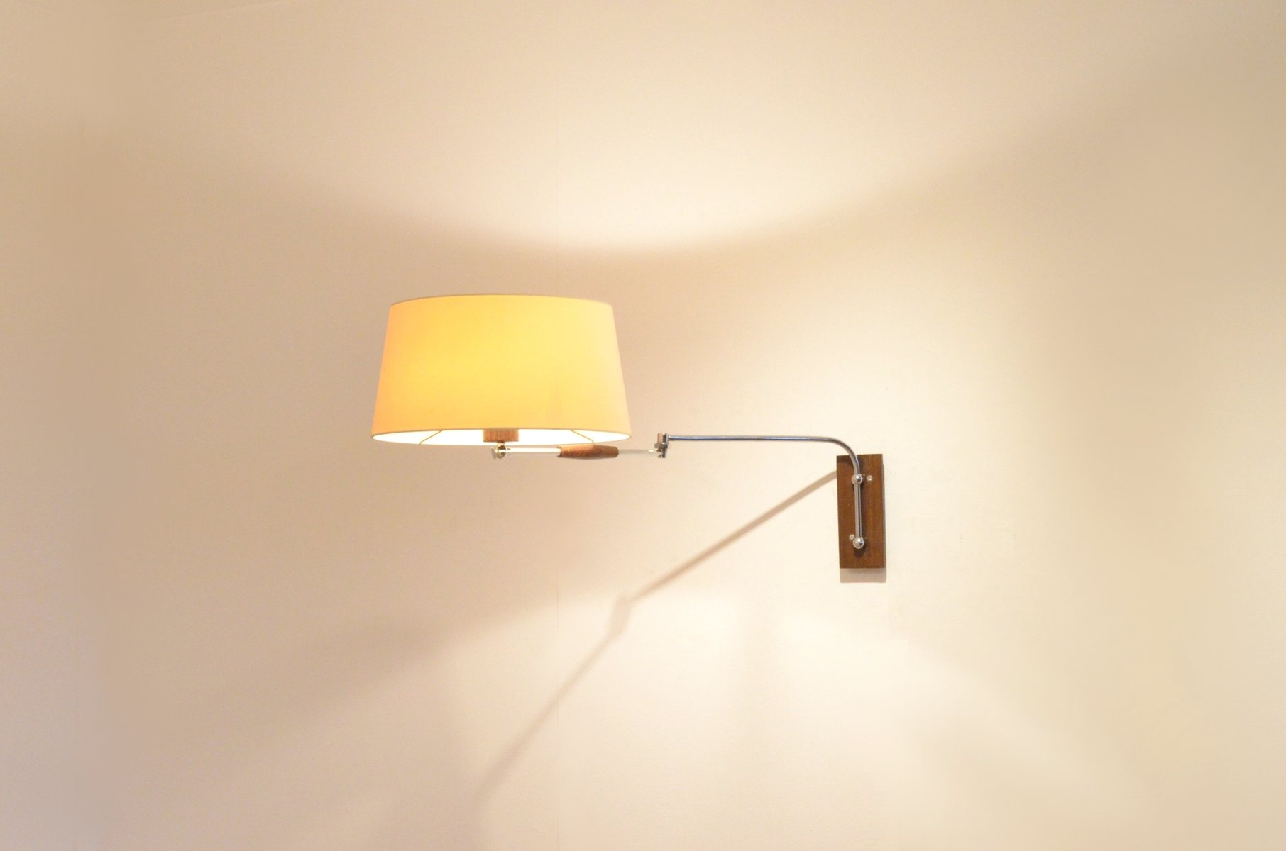 Mid-Century Chrome & Wenge Articulated Wall Arm Lamp for sale at Pamono