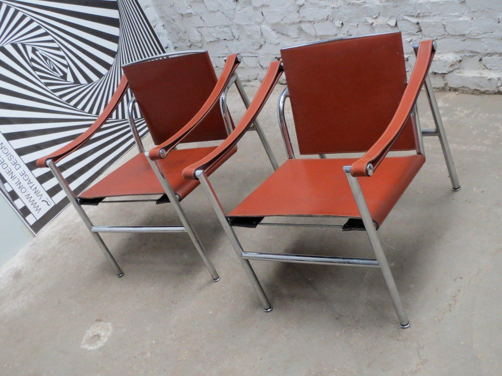 Sedia lc1 modernista basculante di le corbusier pierre jeanneret e charlotte perriand per - Le corbusier sedia ...