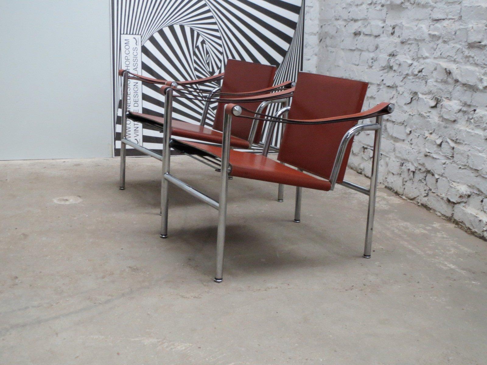 Sedia lc1 modernista basculante di le corbusier pierre - Le corbusier sedia ...