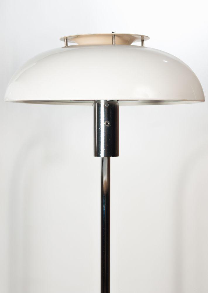 schwedische verchromte wei e metall lampe 1960er bei pamono kaufen. Black Bedroom Furniture Sets. Home Design Ideas