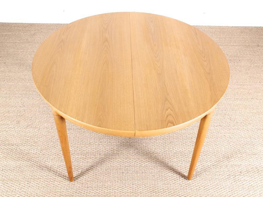 runder ausziehbarer esstisch aus eiche von erik riisager hansen f r haslev 1970er bei pamono kaufen. Black Bedroom Furniture Sets. Home Design Ideas