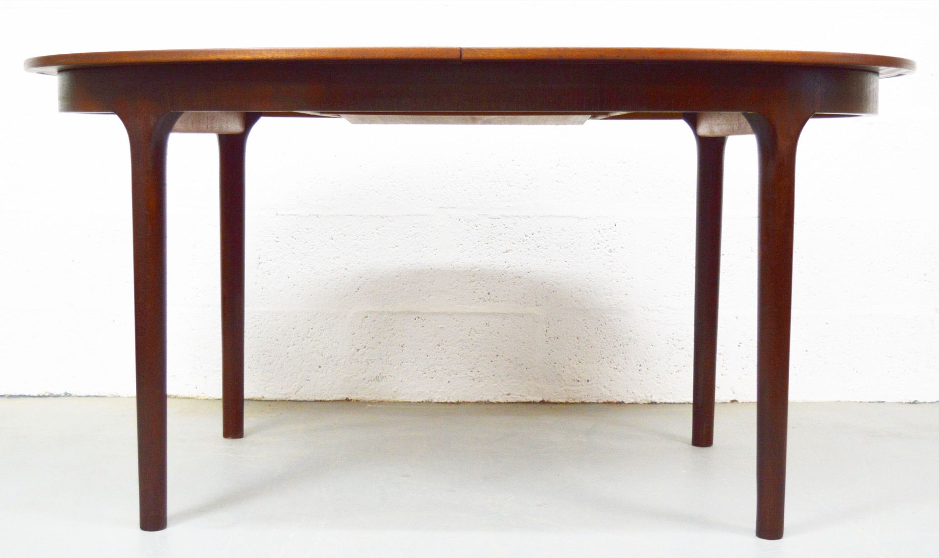 Table de salle manger ovale mid century rallonges en for Salle a manger table ovale