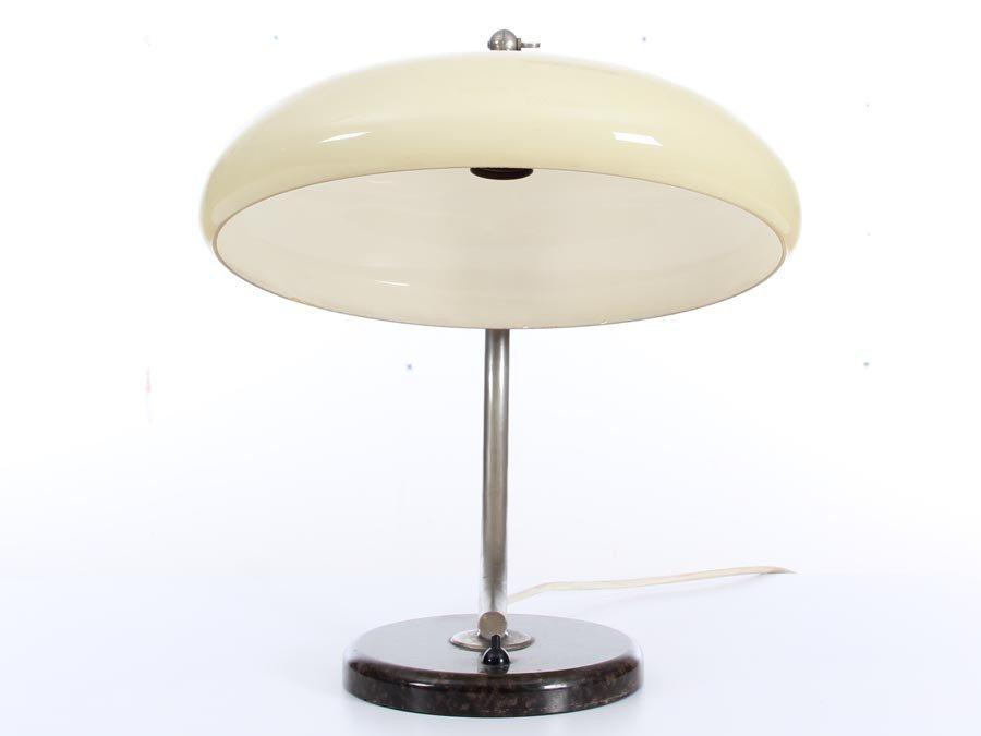 deutsche mid century modern tischlampe 1940er bei pamono. Black Bedroom Furniture Sets. Home Design Ideas