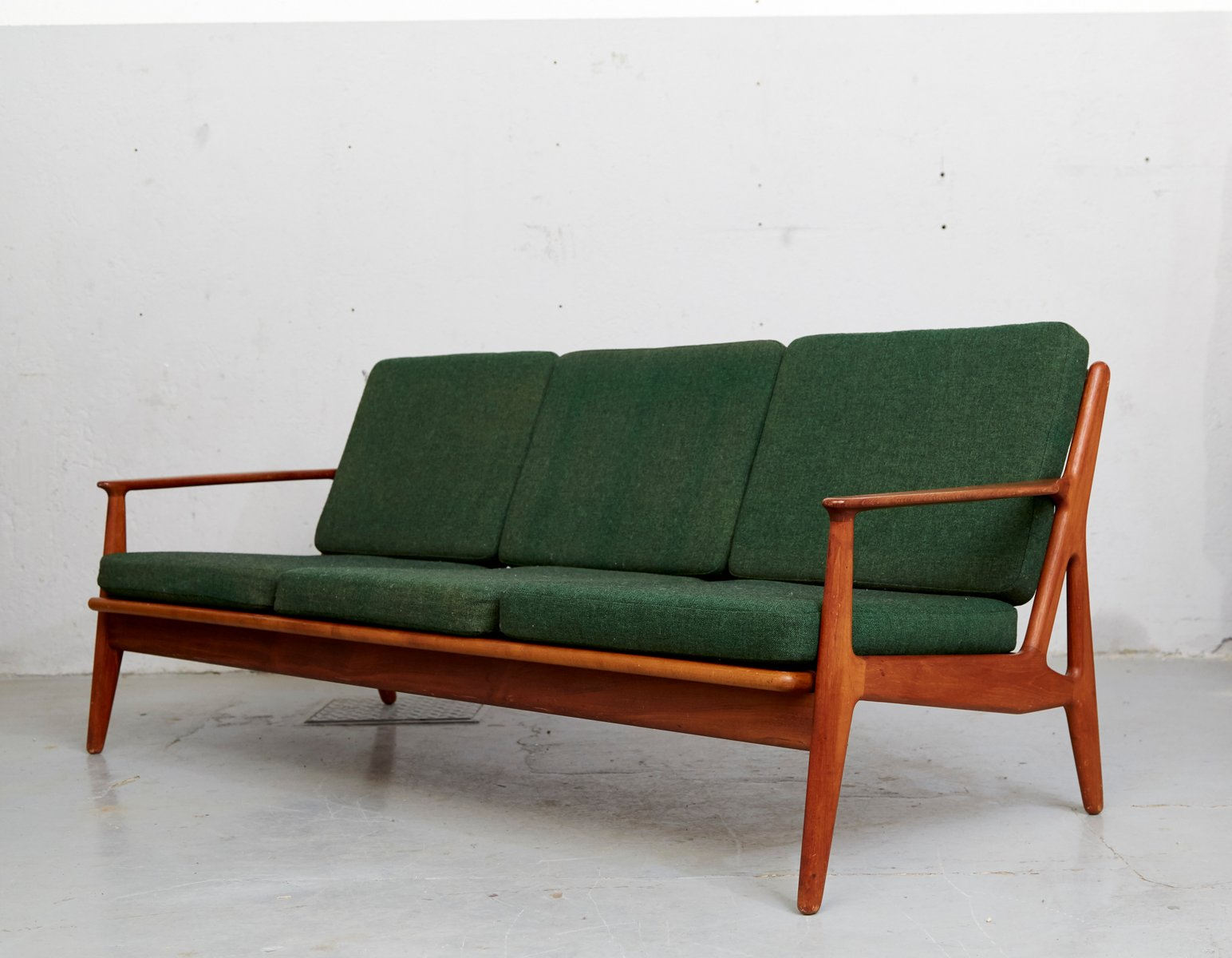mid century teak sofa by arne vodder for vamo sonderborg. Black Bedroom Furniture Sets. Home Design Ideas