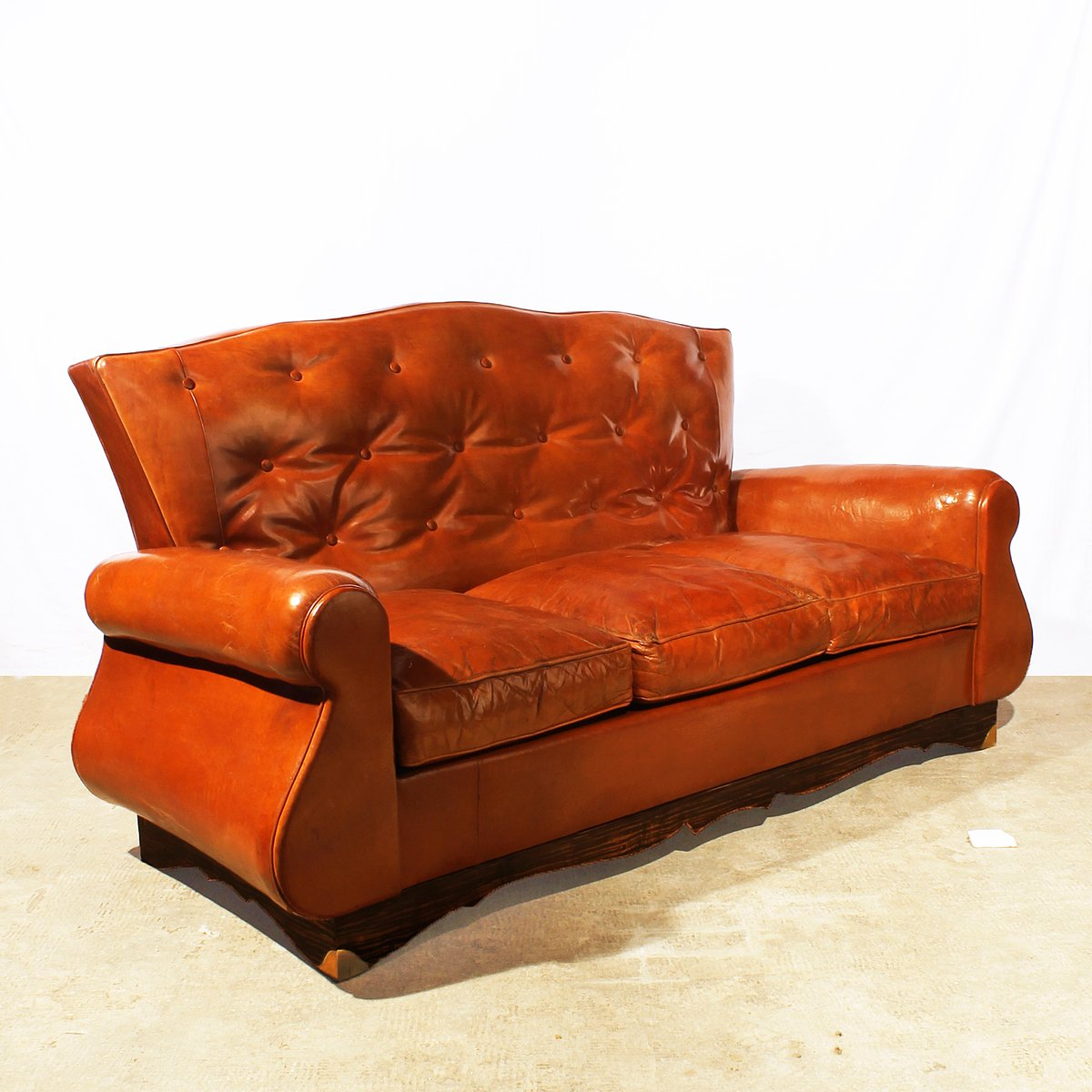 chesterfield style sofa 1940s for sale at pamono. Black Bedroom Furniture Sets. Home Design Ideas