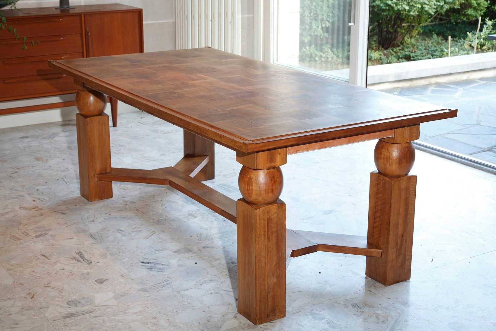 Table de salle manger extensible en bois naturel par for Salle a manger 1950
