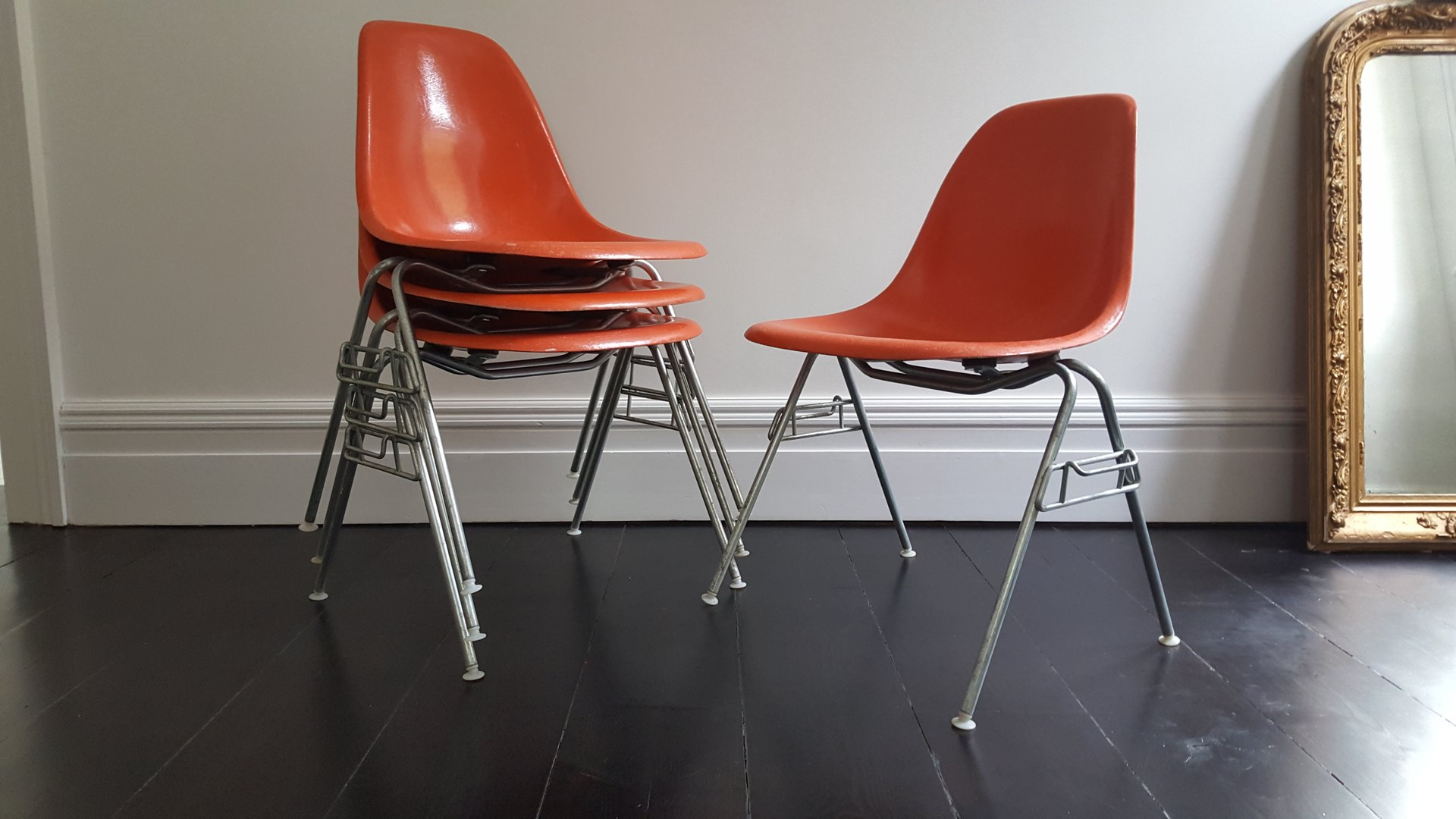 Vintage dss fiberglass shell chairs by charles ray eames for 4 chaises eames