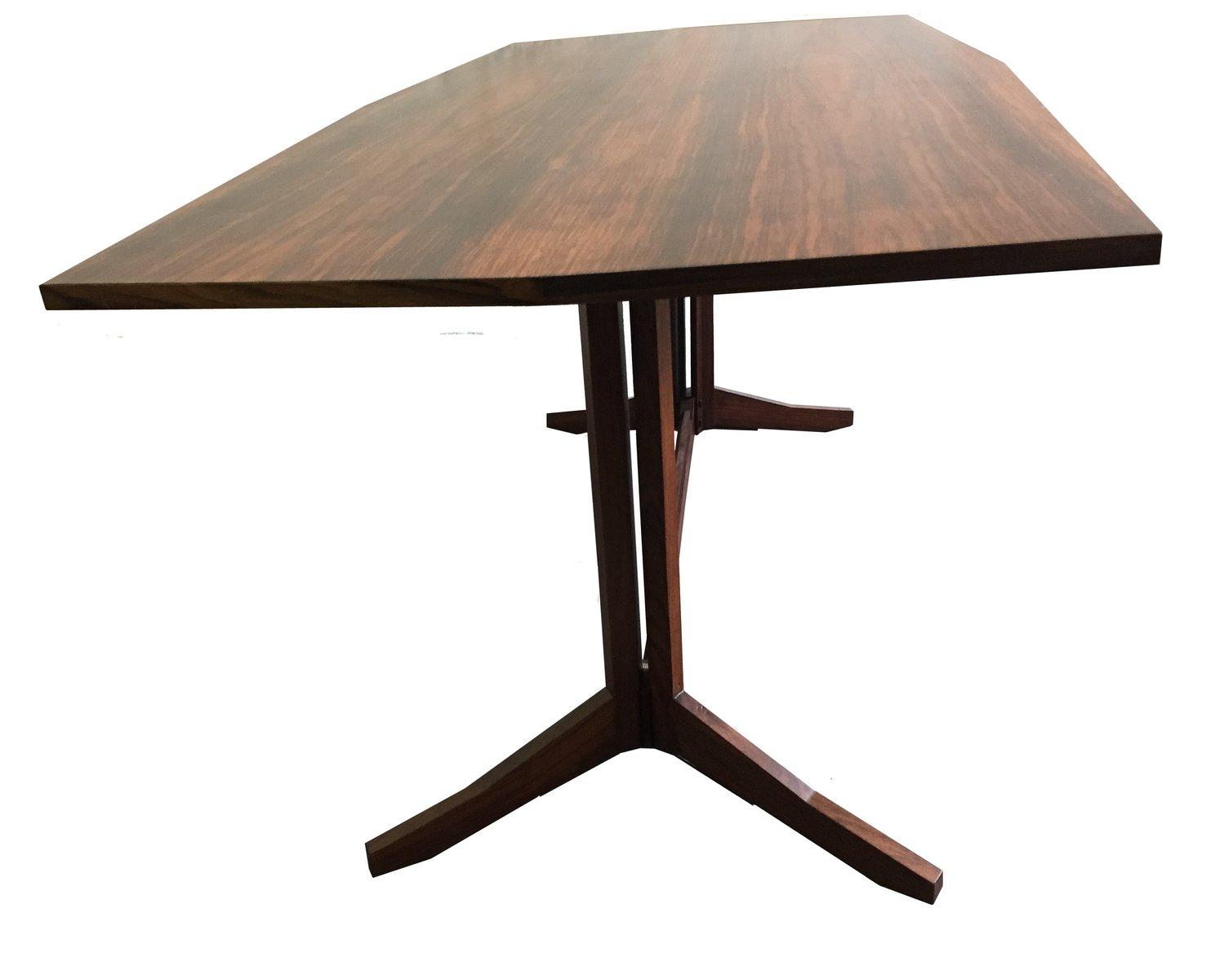 Table de salle manger en bois italie en vente sur pamono for Table de salle a manger 3 metres