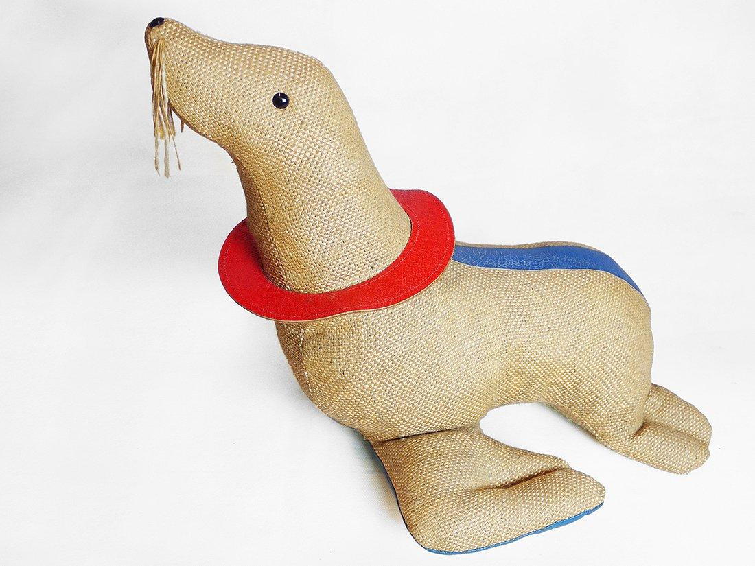 therapeutisches seehund spielzeug von renate m ller 1971 bei pamono kaufen. Black Bedroom Furniture Sets. Home Design Ideas
