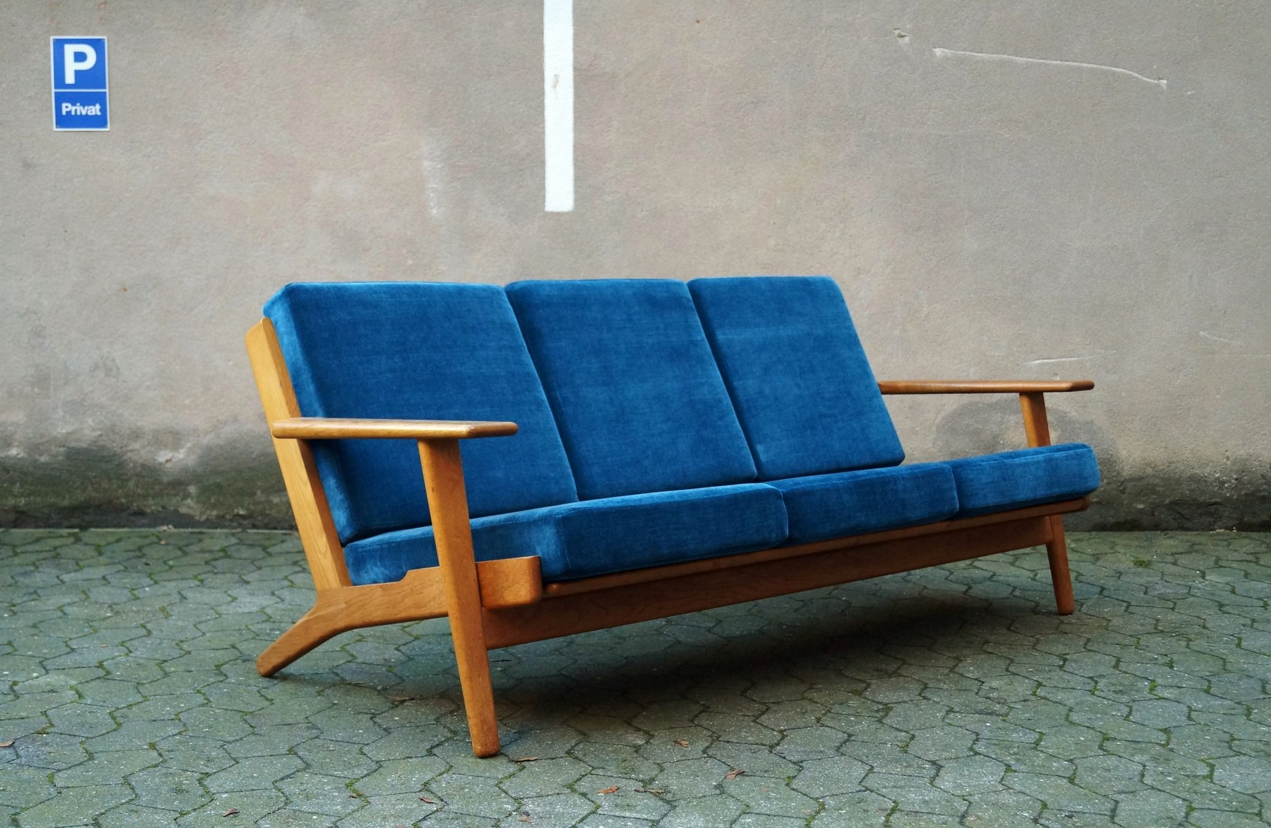 3 Seater Sofa by Hans J Wegner for Getama for sale at Pamono