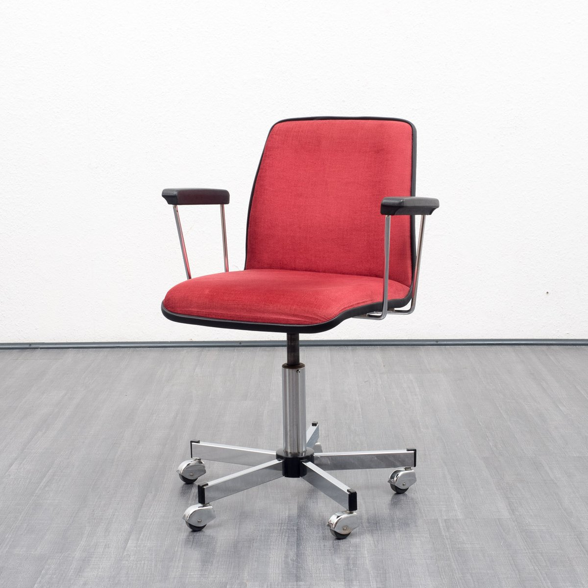 velvet office chair 1960s for sale at pamono. Black Bedroom Furniture Sets. Home Design Ideas