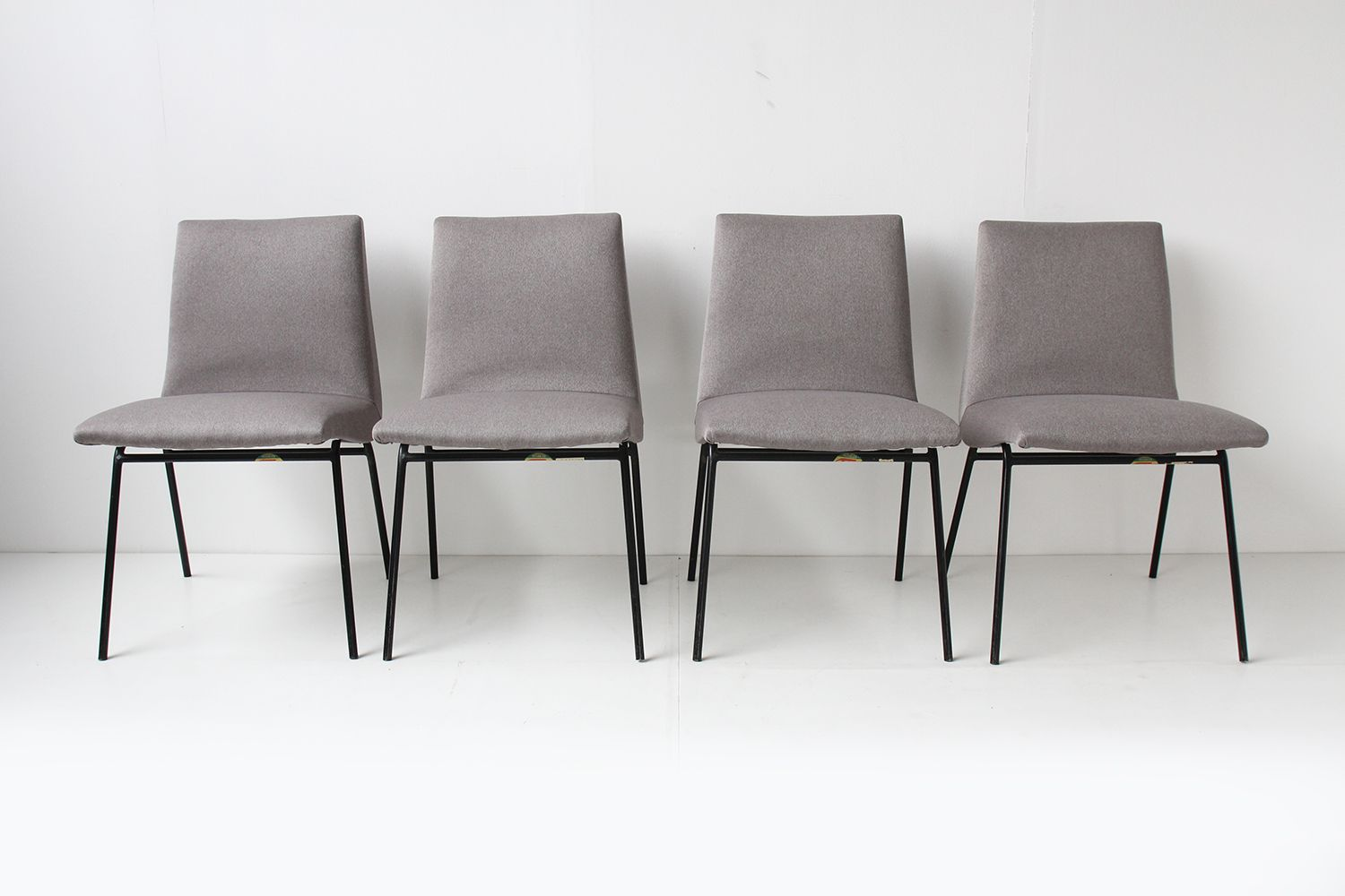 French dining chairs by pierre paulin for meubles tv 1950 for Meuble french