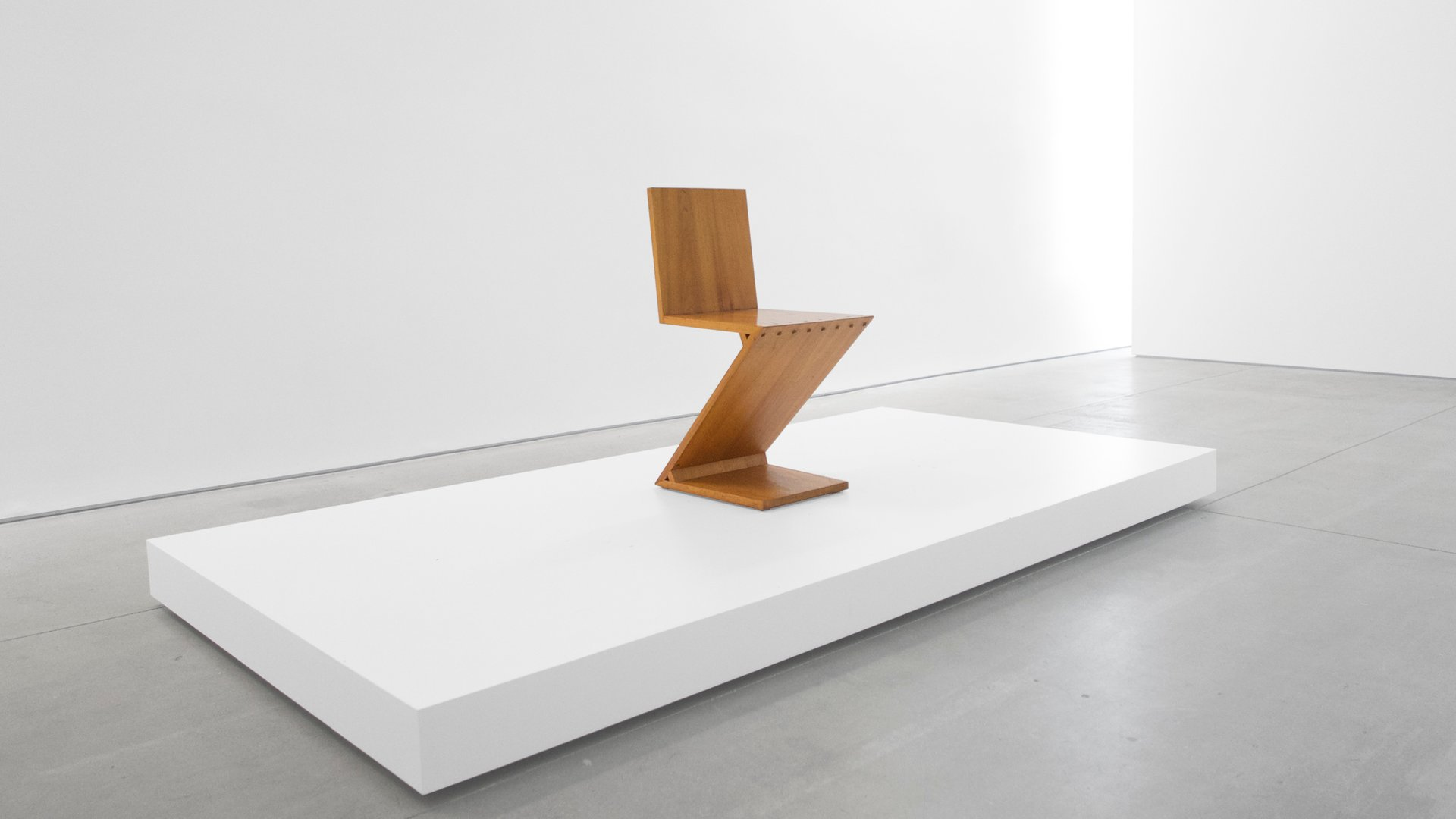 Zig zag chair by gerrit rietveld 1969 for sale at pamono for Chaise zig zag