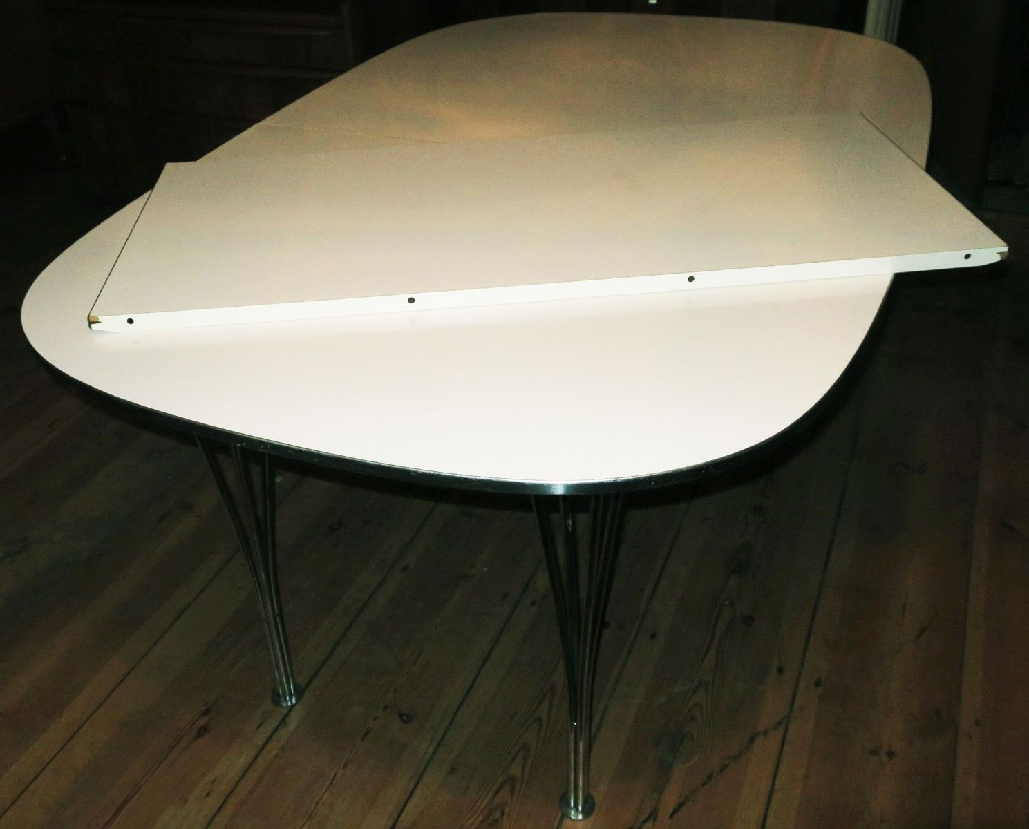 elliptical danish extendable table with hairpin legs