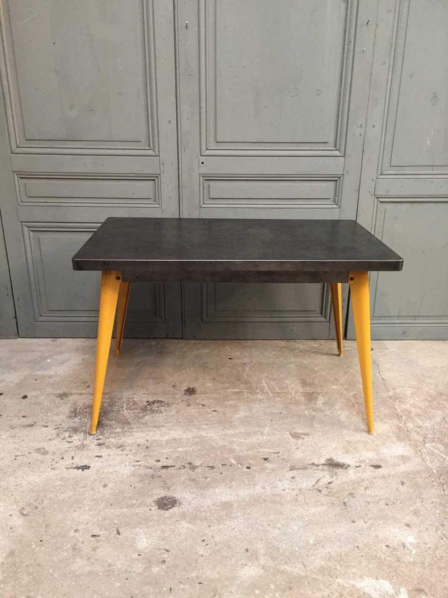 franz sischer t55 tisch mit gelben beinen von xavier pauchard f r tolix 1950er bei pamono kaufen. Black Bedroom Furniture Sets. Home Design Ideas