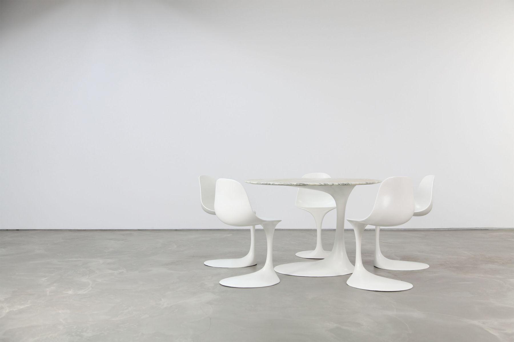 table et chaises de salle manger en fibre de verre par rudi bonzanini pour tecnosalotto. Black Bedroom Furniture Sets. Home Design Ideas