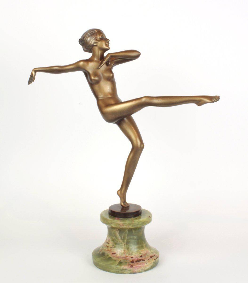 art deco bronze onyx sculpture by josef lorenzl 1930s for sale at pamono. Black Bedroom Furniture Sets. Home Design Ideas