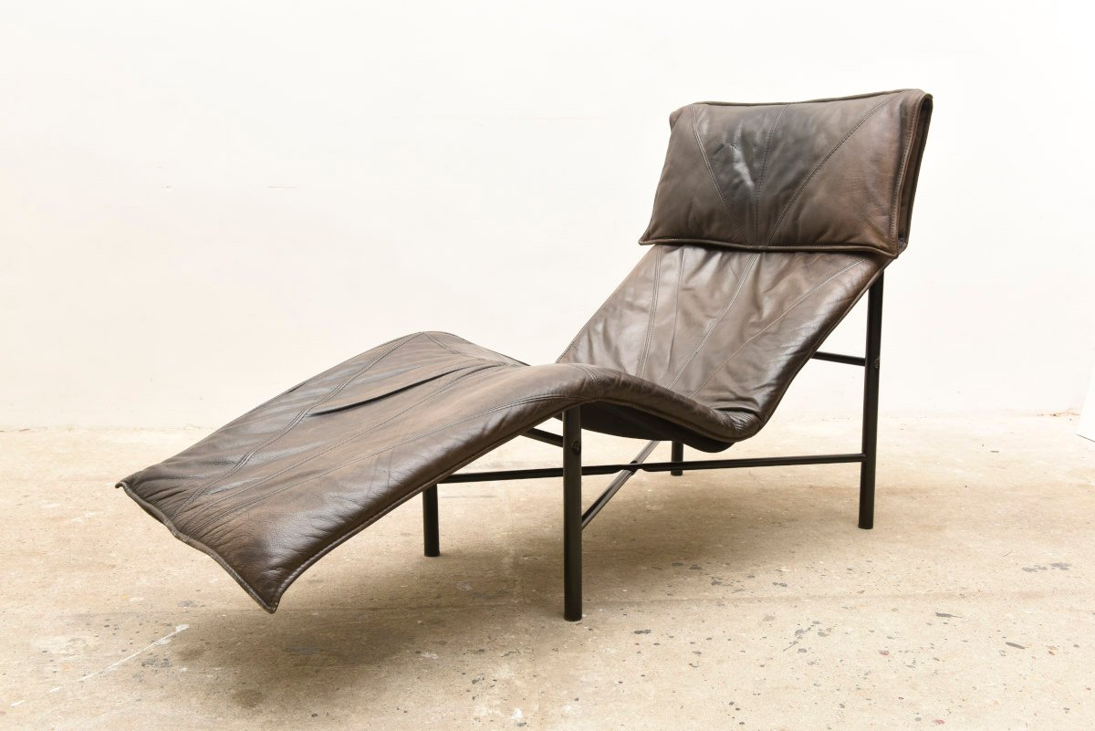 Leather chaise lounge by gerard van den berg 1979 for for Bellagio leather chaise lounge