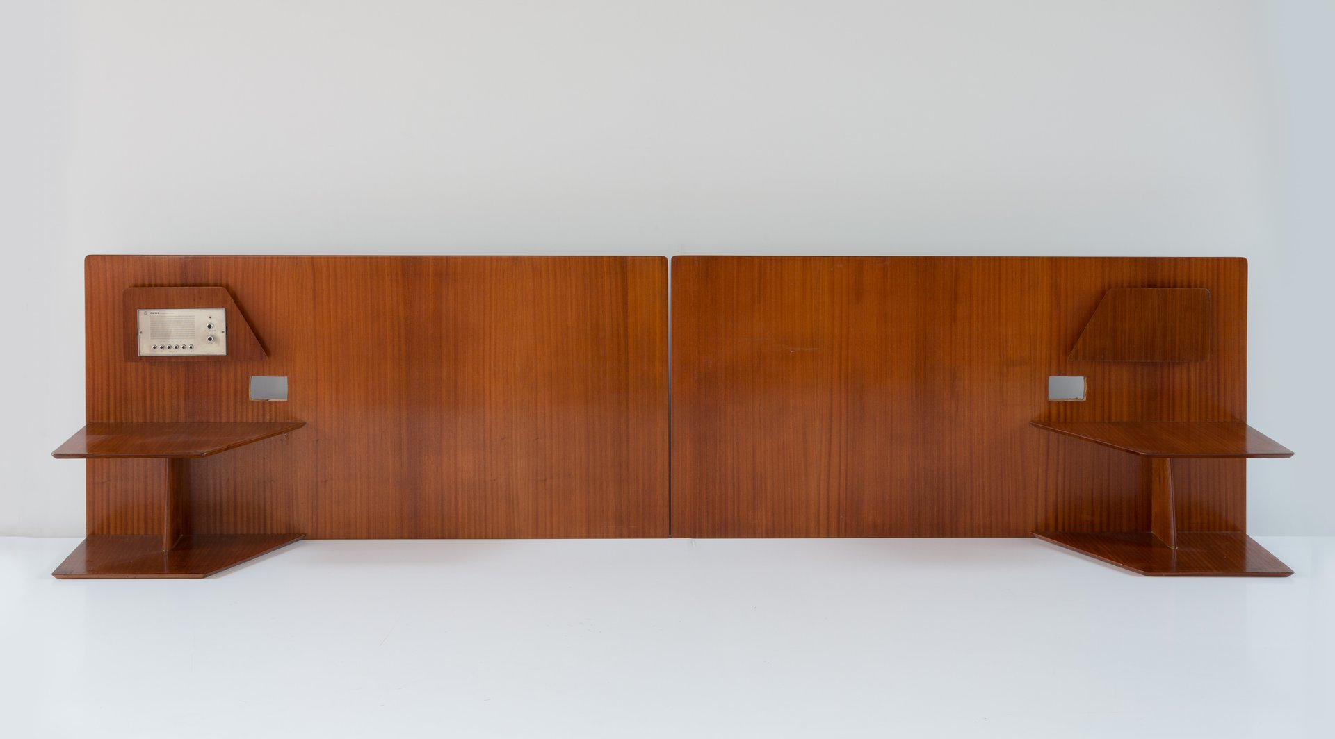 Headboards by gio ponti for the hotel royal naples 1955 - Porte journaux design ...