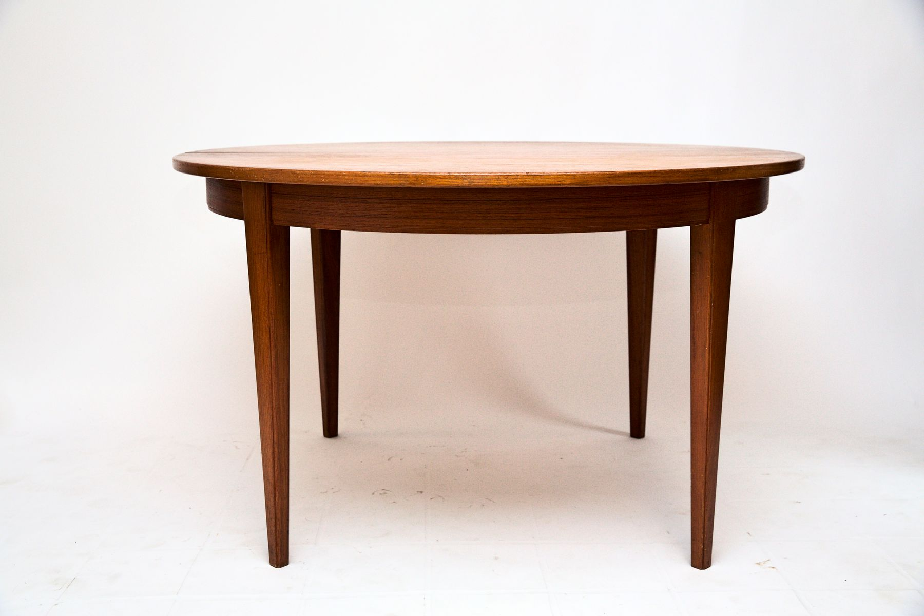 Extended Dining Tables Uk Round Extending Dining Table UK