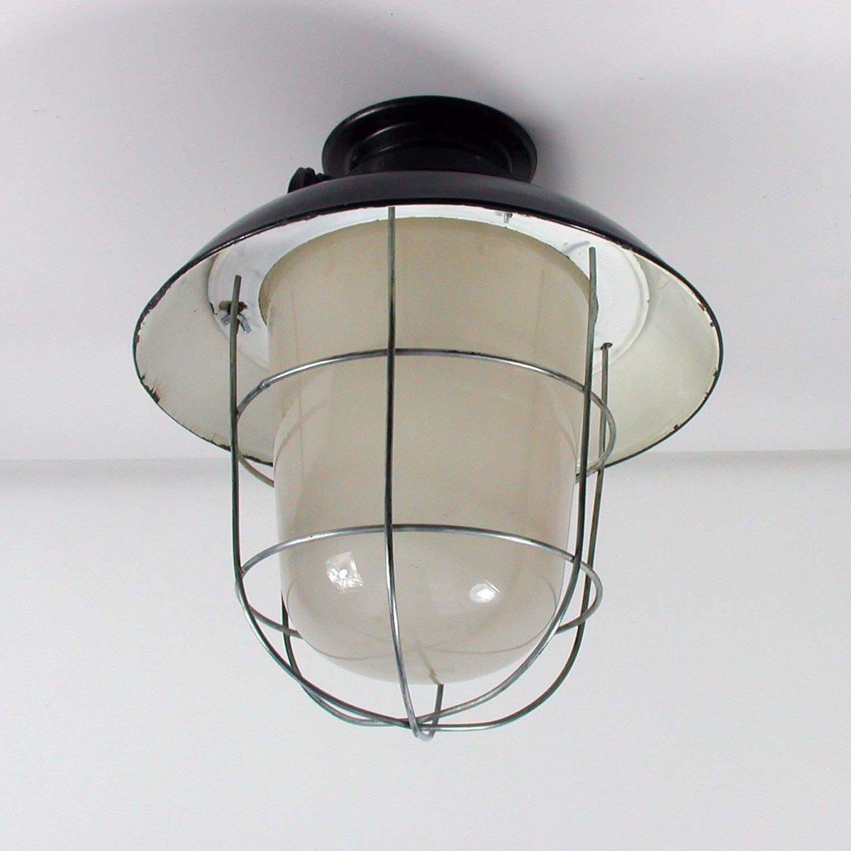 industrielle emaillierte vintage deckenlampe bei pamono kaufen. Black Bedroom Furniture Sets. Home Design Ideas