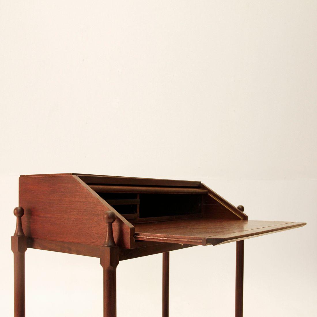 teak schreibtisch von fratelli proserpio 1960er bei. Black Bedroom Furniture Sets. Home Design Ideas