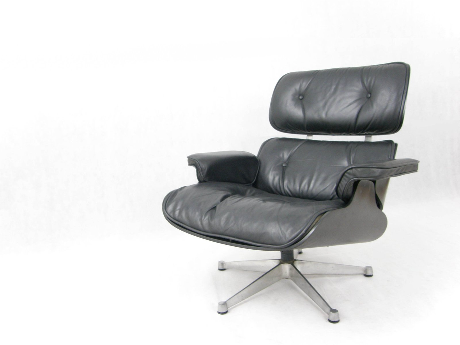 Lounge Chair by Charles & Ray Eames for ICF 1970s for sale at Pamono