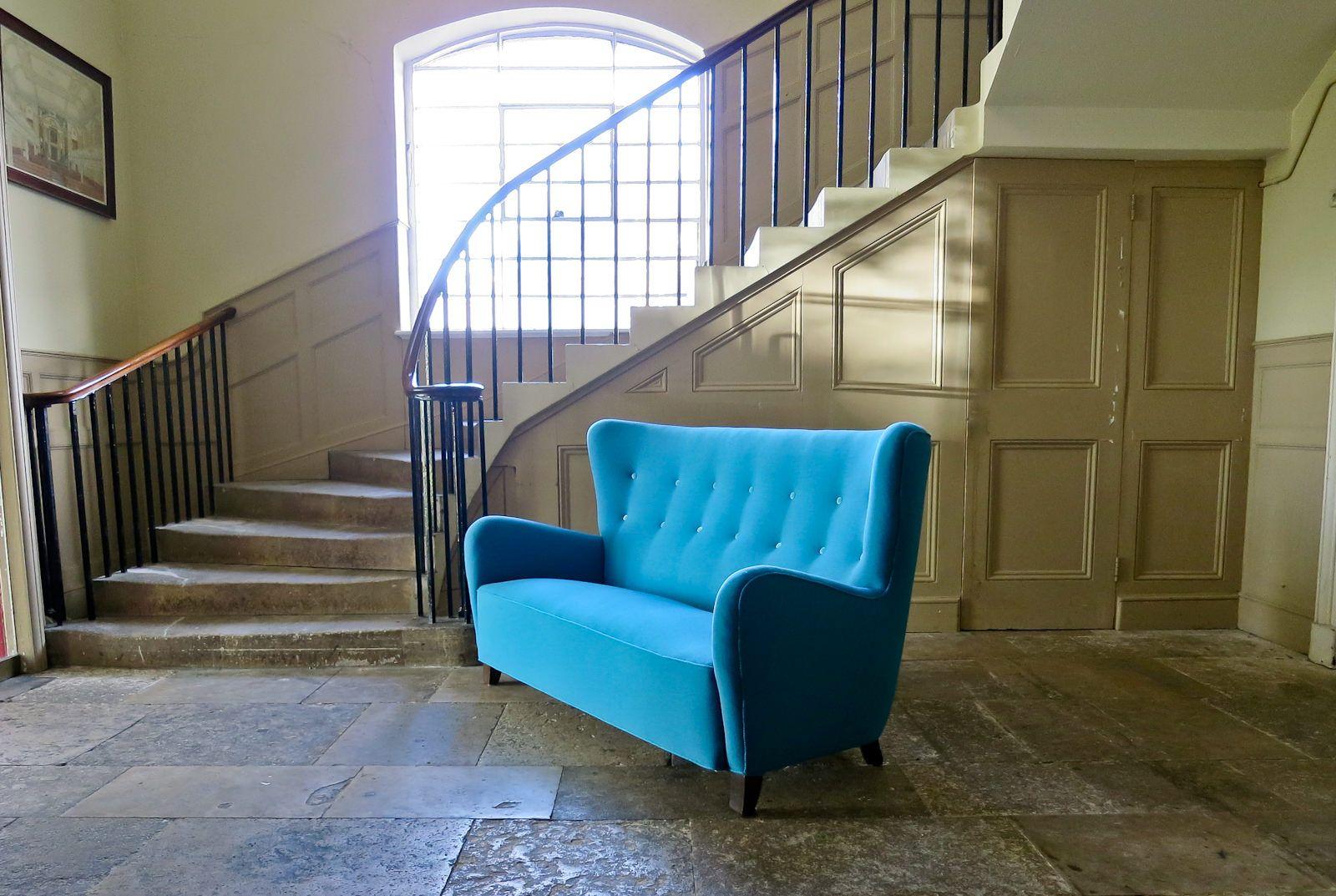 d nisches t rkises sofa mit hoher r ckenlehne 1940er bei. Black Bedroom Furniture Sets. Home Design Ideas